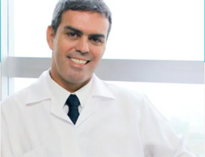 http://clinicadeos.com.br/wp-content/uploads/2019/06/mauro-equipe.jpg